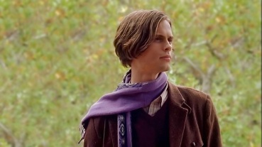 Spencer sporting his Anyang scarf on set.